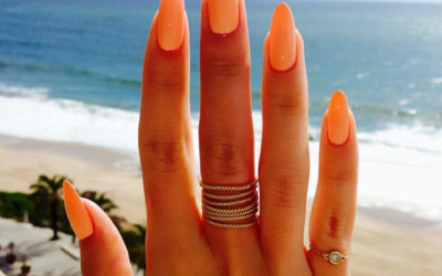 Four Top Tips To Make Your Manicure Last On Holiday!